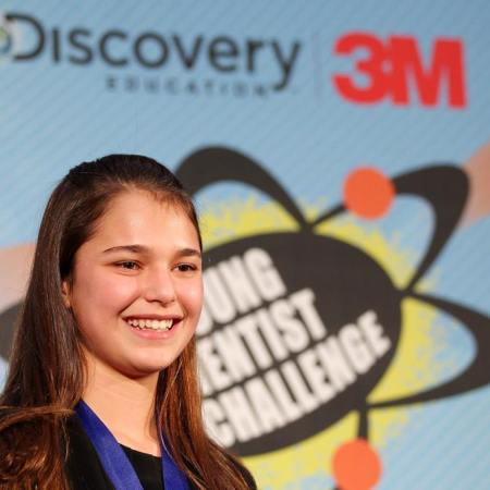 15-year-old Hannah Herbst, winner of the 2015 Discovery Education 3M Young Scientist Challenge