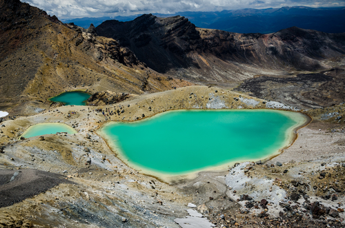 the-emerald-lakes
