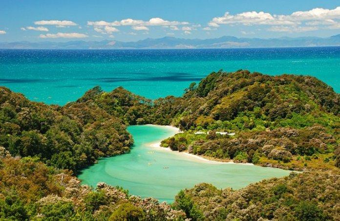 new zealand south island abel tasman coast track