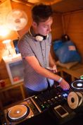 DJ BILLY CLARKE ON THE DECKS