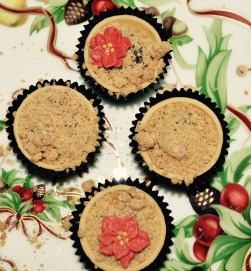 THE SWEET THINGS CRUMBLE-TOPPED MINI MINCE PIE
