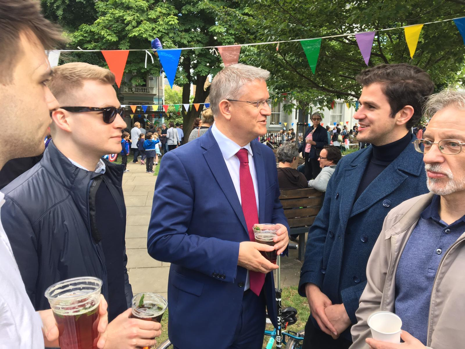 ANDREW ROSINDELL MP DROPPED BY, SEEN HERE TALKING TO ROBERTO WEEDEN SANZ