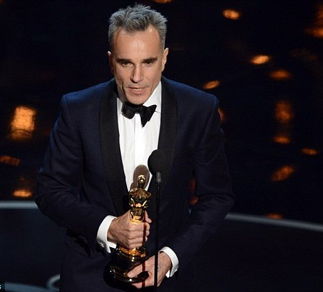Daniel Day Lewis Third Time Oscars Award