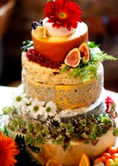 Cheese wedding cakes3
