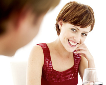 How To Flirt With Smile Successfully; Body Language 101