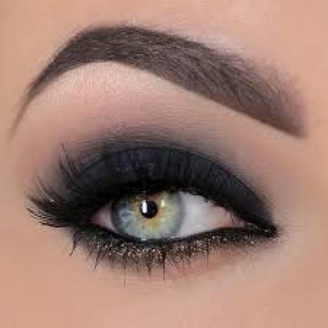 classic smoky eye