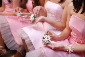 Who Bears Pays for Bridesmaid clothes, Shoes And Accessories?