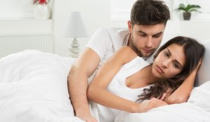 6 Ways to Know You Are Dating a Two Timing Babe