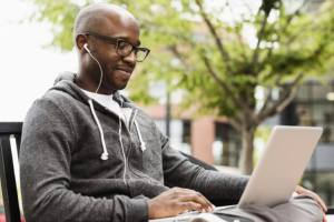 5 Victorious Tips For Men Who Hate Online Dating