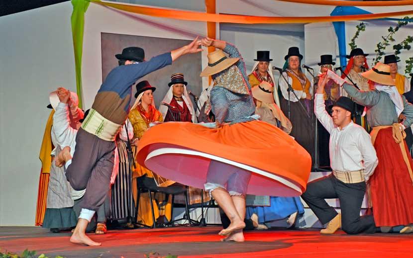 Festival de Folclore en Santa Úrsula