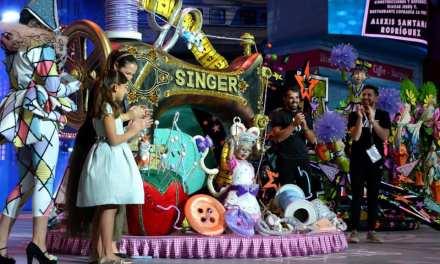 Un diseño del santaursulero Alexis Santana convierte a la niña Violeta en Reina Infantil del Carnaval de Tenerife