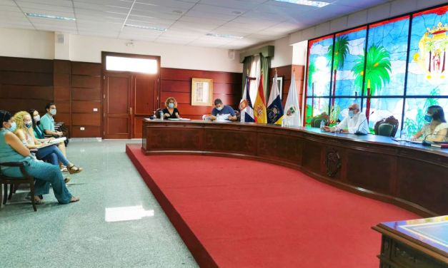 El Ayuntamiento acuerda con la comunidad educativa el protocolo sanitario de seguridad para el comienzo del curso escolar