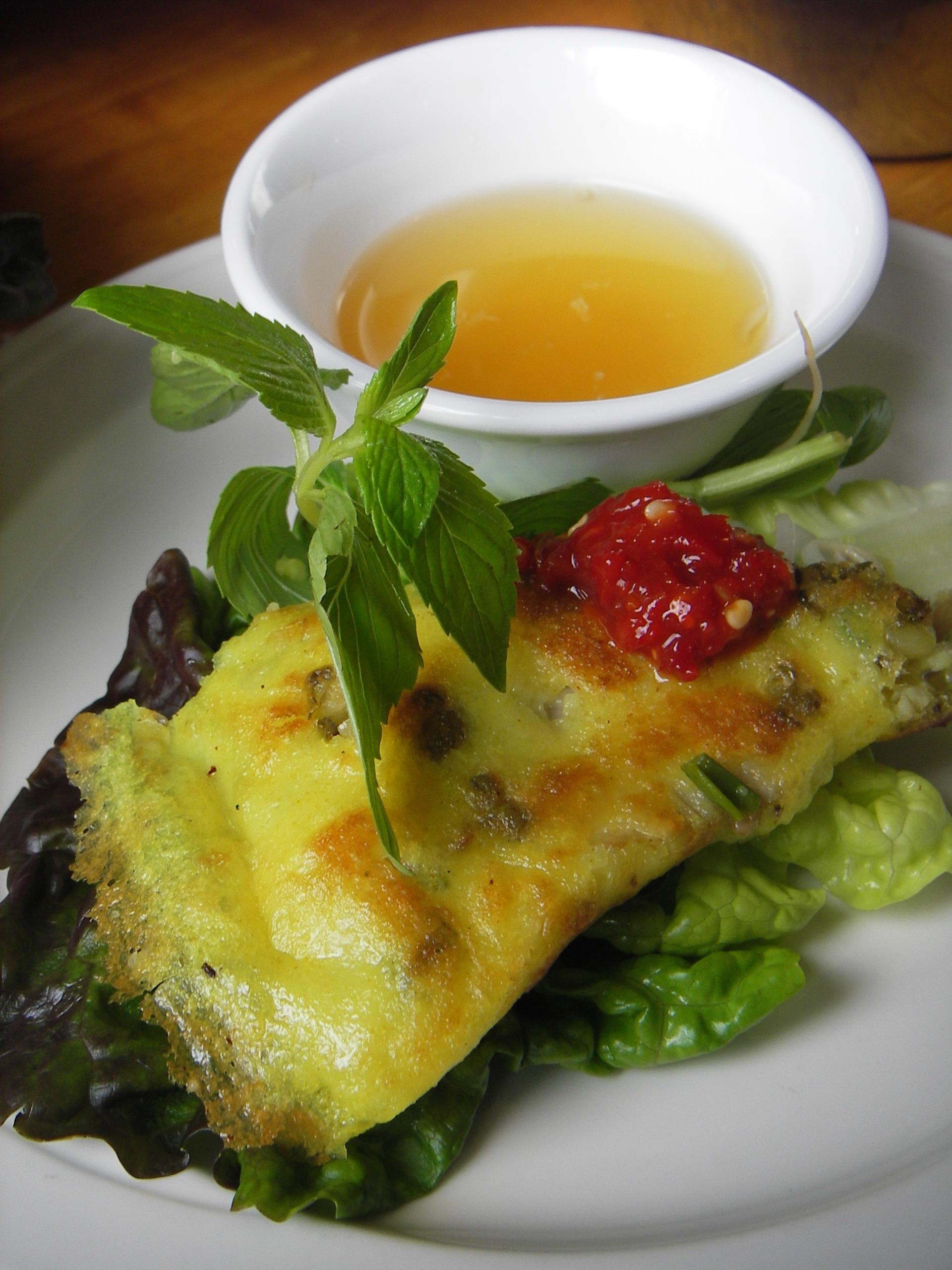 square lotus in factoria pranee s thai kitchen