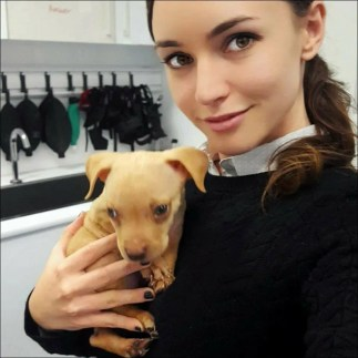 Dr Kate with a puppy