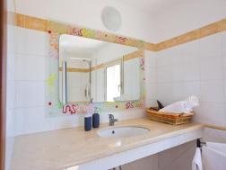 bagno della camera uno tripla del B&B a Licodia Eubea