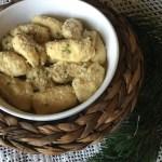 Gnocchi alla ricotta di malga con burro fuso ed erba cipollina
