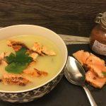 Crema di patate con salmone marinato al chili
