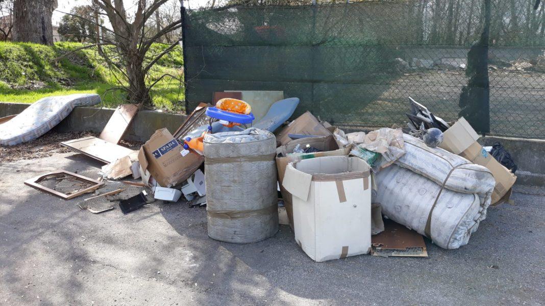 lugo-abbandono-rifiuti