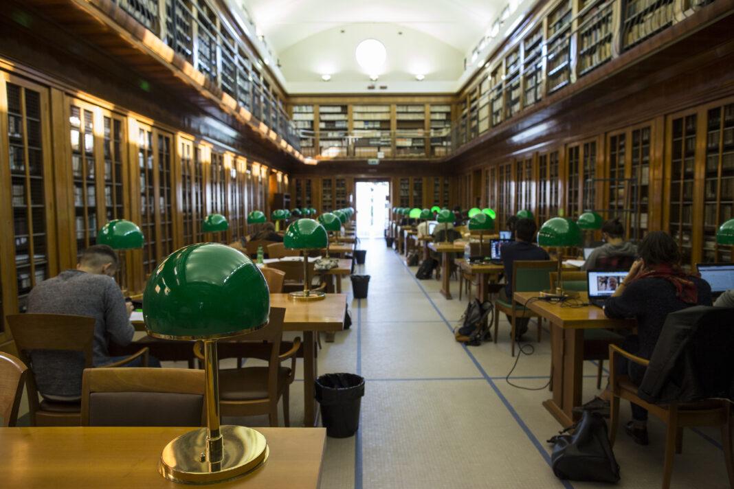 Aula_magna_biblioteca_comunale_di_Faenza