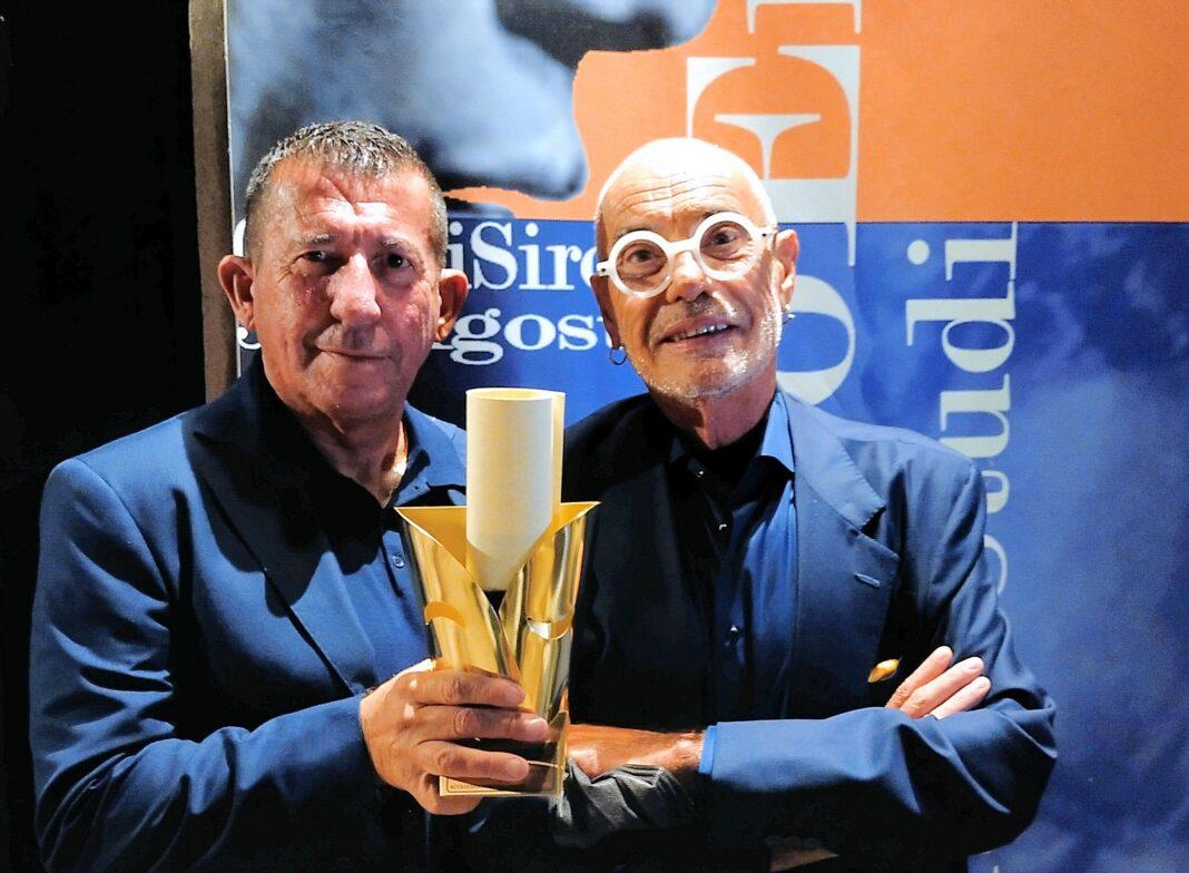 Claudio Casadio e Ruggero Sintoni con il Premio Enriquez