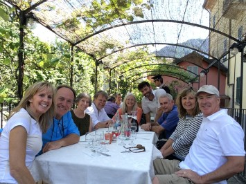 Wonderful lunch under the pergola - near Villa Blabianello and Lake Como Greenway