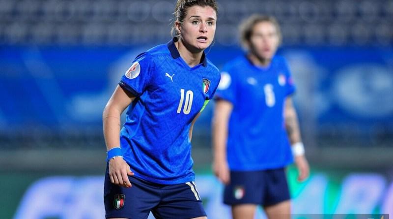 LIVE Italia-Islanda 1-1, amichevole calcio femminile in DIRETTA: finisce in parità. Alla zampata di Giacinti risponde il piazzato di Vilhjálmsdóttir