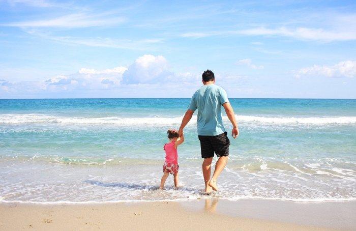 Figlia padre spiaggia poesia il Principe