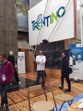 Antonio Sacco primo posto per ideazione pizza a Expo 2015 posa