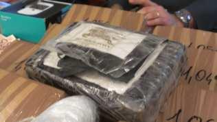 11112013 cocaina griffata Gdf (3)