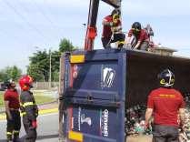 11052015 camion ribaltato origgio (21)