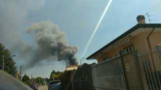 20170421 incendio marnate colonna fumo (1)