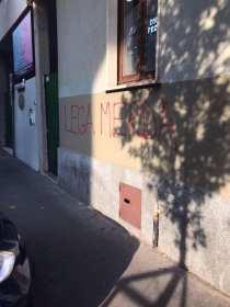 20170923 graffiti viale rimembranze (2)