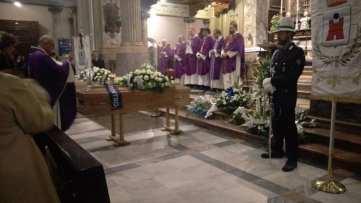 20171207 funerale matteo carnelli alessandro masini saronno (7)