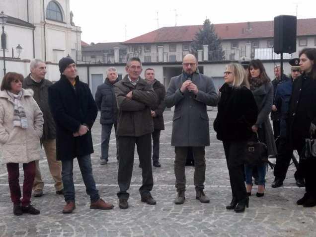 lazzate piazza dei lazzatesi (5)