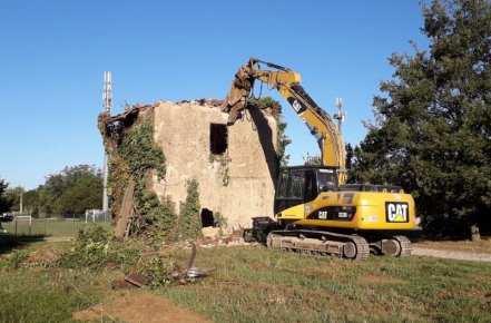 20180924 demolizione cascina paiosa (6)