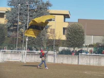 20190106 befana paracadutisti (29)
