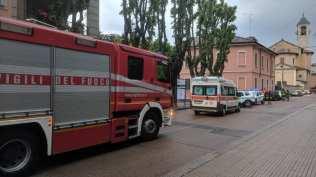20190517 pompieri, polizia locale ambulanza via roma vigili del fuoco (2)