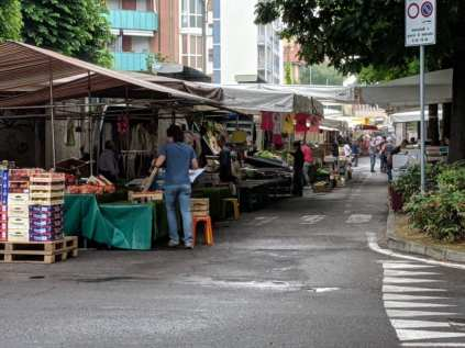 20190612 mercato saronno via monti