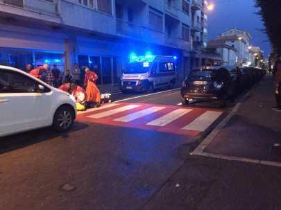 20190908 malore in via san giuseppe ambulanza soccorritori (1)