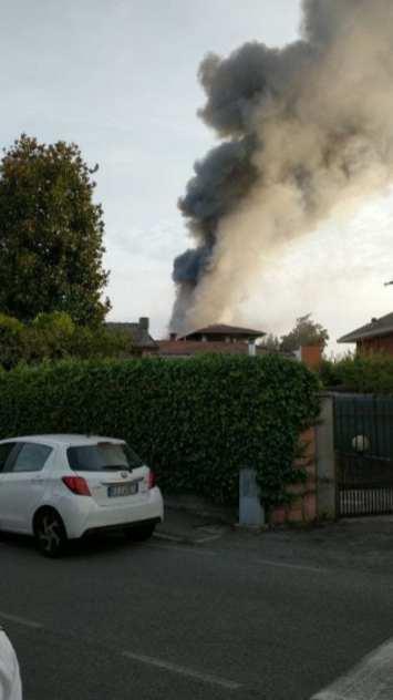 incendio villette confine caronno cesate 21092019 (8)