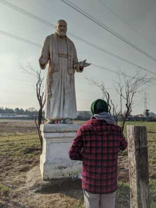 20012020 padre pio statua rovello porro (2)