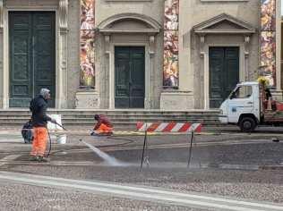 2020-02-27 sistemazione pavimentazione piazza libertà