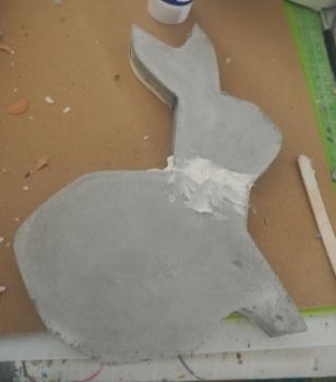 reparierter Hase trocknet nach