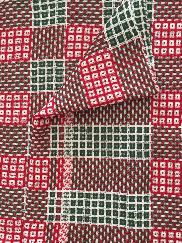 "Table runner ""Jul"" in typical Christmas colours by IlsePhilips.nl"