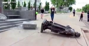 statue-abbattute-1200