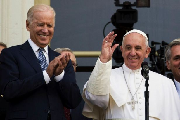 Joe-Biden-e-Papa-Francesco-1