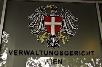 La-sentenza-del-Tribunale-di-Vienna-sui-tamponi-Un-test-PCR-non-e-adatto-per-la-diagnosi-scaled