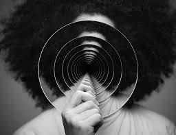 Prosopagnosia, titolo della canzone