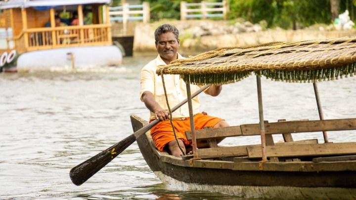 Saigu et sa barque, dans les backwaters du Kerala