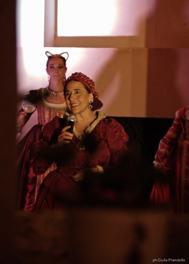 Claudia Celi danza storica AND